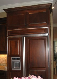 Dark refrigerator panels